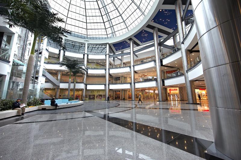Bogot vs lima centros comerciales skyscraperlife - Centro comercial de la moraleja ...