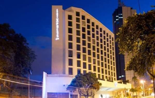 Hotel Cosmos Xpress