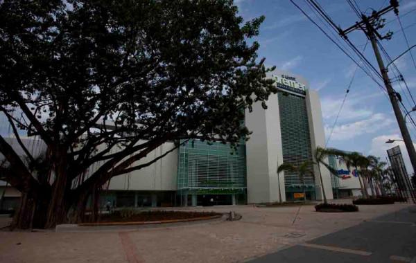 Centro Comercial Premier El Limonar