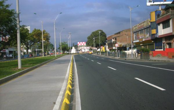 Troncal Carrera Primera entre calles 40 a 46